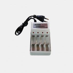 شارژر ۴ تایی باتری قلمی و نیم قلمی
